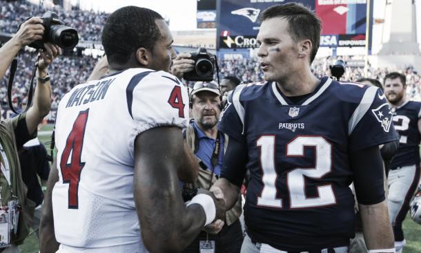 DeShaun Watson ha batido numerosas marcas en solo ocho encuentros como novato | Foto: Patriots.com