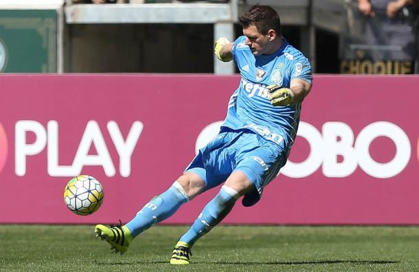 Vagner em um dos lances de sua estreia pelo Palmeiras (Foto: Fabio Menotti/Ag Palmeiras/Divulgação)
