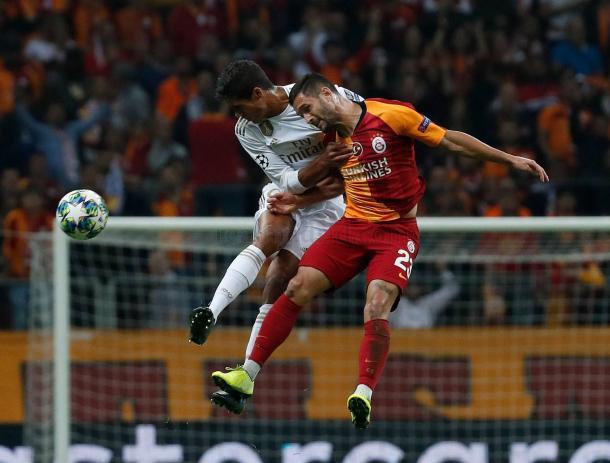 Raphael Varane y Florin Andone / Real Madrid