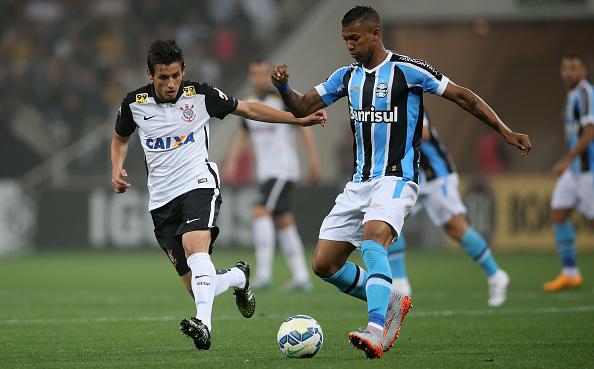 Walace teve sua ascensão no Grêmio, com Roger Machado (Foto: Getty Images)