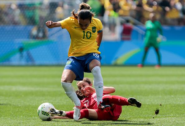 O Brasil perdeu para o Canadá e ficou sem medalha na Olimpíada (Foto: Getty Images)
