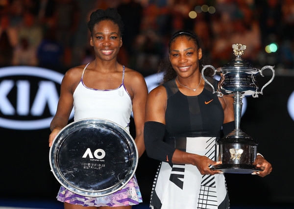 Venus (left) lost to her sister Serena (right) for the second time in an Australian Open final (Photo by Scott Barbour / Getty)