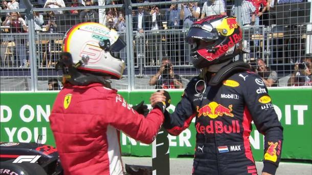 Congratulazioni a vicenda per Vettel e Verstrappen | twitter - @formula1