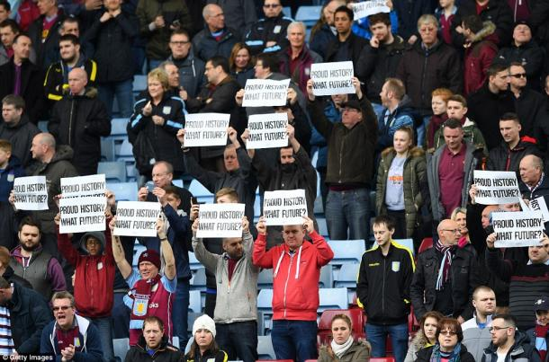 Aston Villa fans protesting (photo: Getty Images)