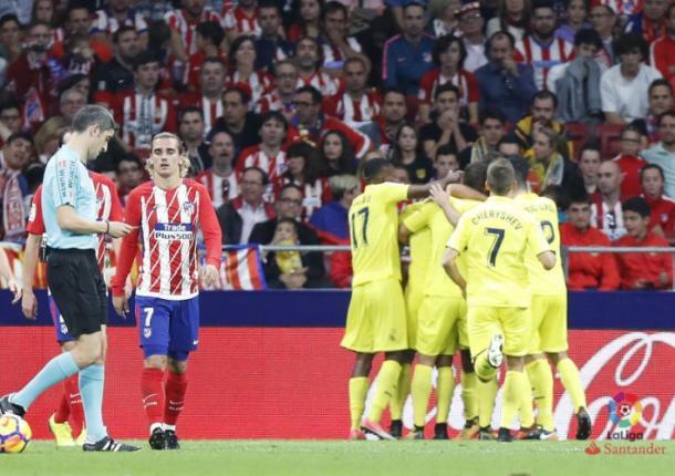 Bacca celebrando un gol | LaLiga