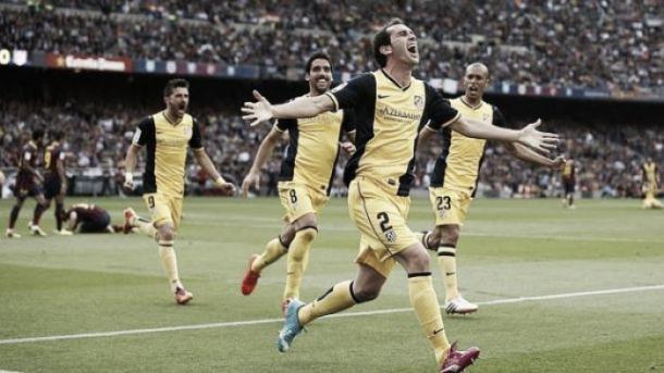 Gol de Godín en el Camp Nou | VAVEL