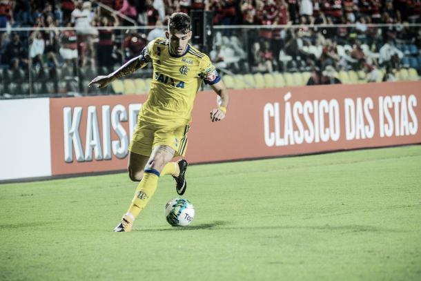 Vizeu desperdiçou chance para o Flamengo na primeira etapa (Foto: Gilvan de Souza/Fla Imagem)