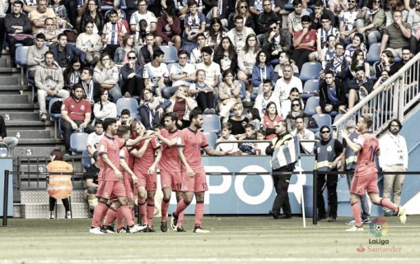 Los jugadores de la Real celebran uno de los goles anotados. Foto: LaLiga