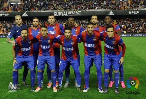 Rubí revolucionó el once en un derbi en la 2015-16. fuente: La Liga