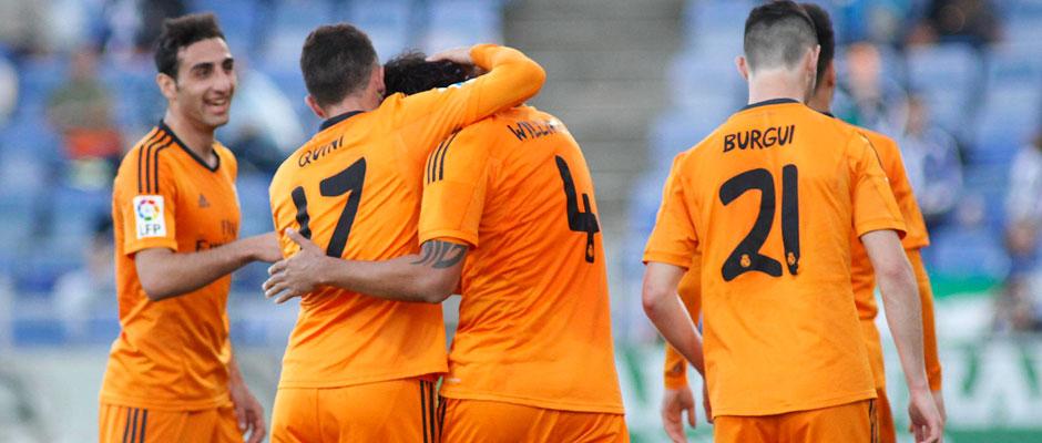 Burgui, durante la celebración de uno de los goles del Real Madrid Castilla ante el Recreativo de Huelva (2-3) | Fuente: www.realmadrid.com