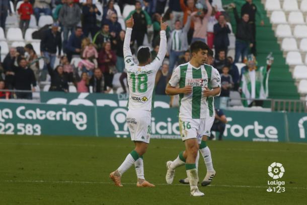 De Las Cuevas celebrando su gol contra el Elche en el Nuevo Arcángel. Fuente: LaLiga