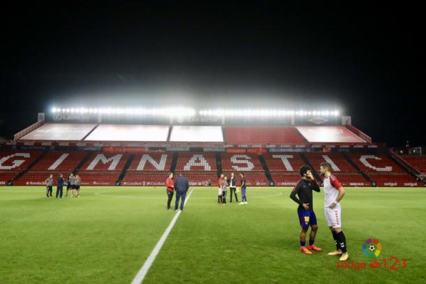 El último partido en el Nou Estadi se suspendió por los sucesos ocurridos el 1-0. (Foto: LFP)