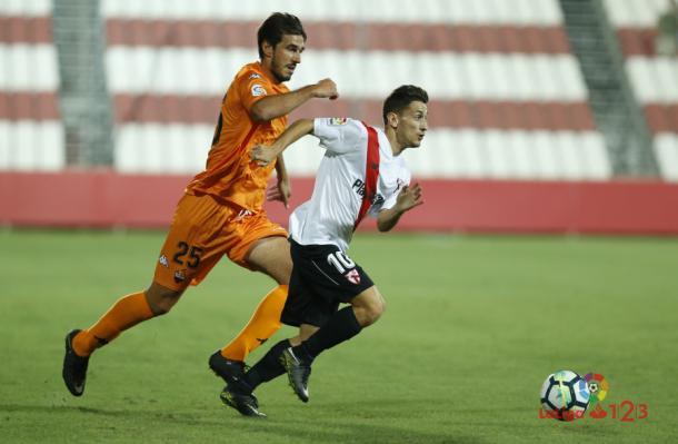 Dejan Lekic entró en los últimos minutos del último encuentro frente al Sevilla Atl. | Foto: LaLiga 1|2|3