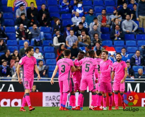 Celebración del segundo tanto del Levante logrado en Cornellà / Fuente:LaLiga.es