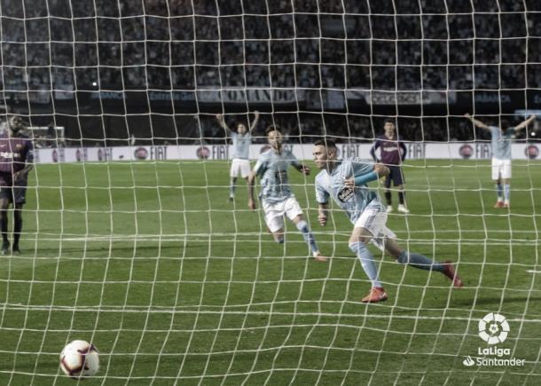 Aspas tras marcar el penalti que supuso el 2-0. | Fuente: LaLiga