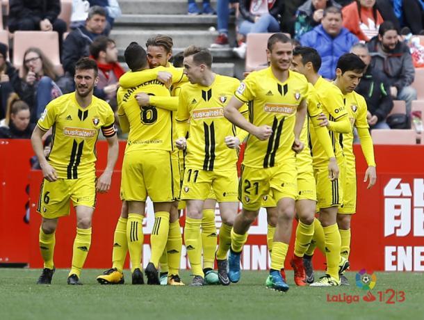 Los jugadores celebran un gol de Xisco. Foto: La Liga 123