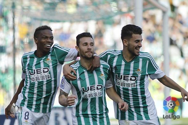 Celebración de un gol de Rubén Castro hace unas temporadas | Foto: LaLiga