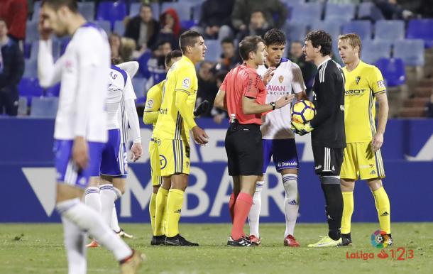 Cristian Álvarez dejaba con 9 al Zaragoza | Foto: LaLiga