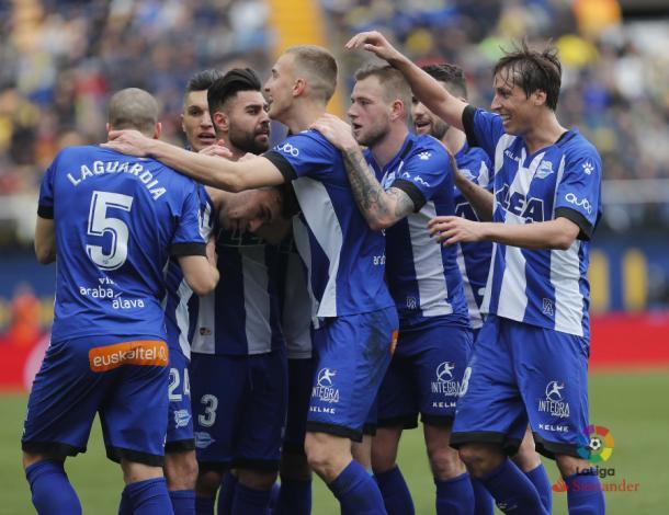 El Alavés ganó en Villarreal con un excelso Pacheco. | Foto: LaLiga