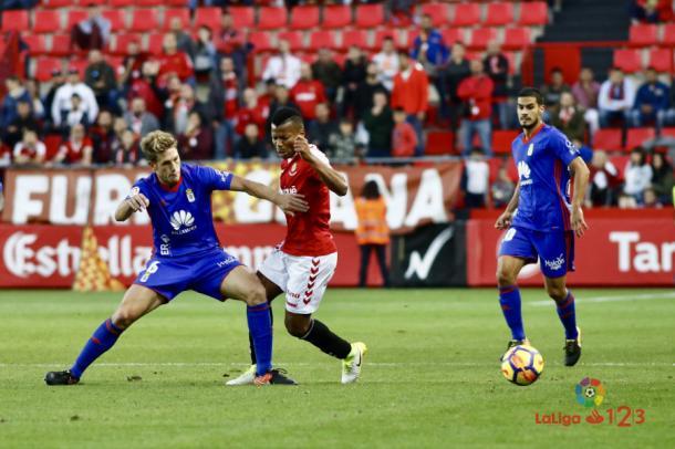 El Real Oviedo consiguió su primera victoria fuera de casa en Tarragona. | Foto: laliga.es