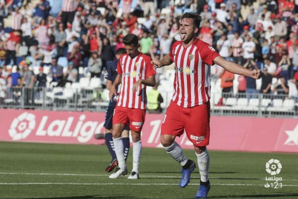 Álvaro celebrando uno de sus goles frente al Gimnàstic | Fuente: La Liga