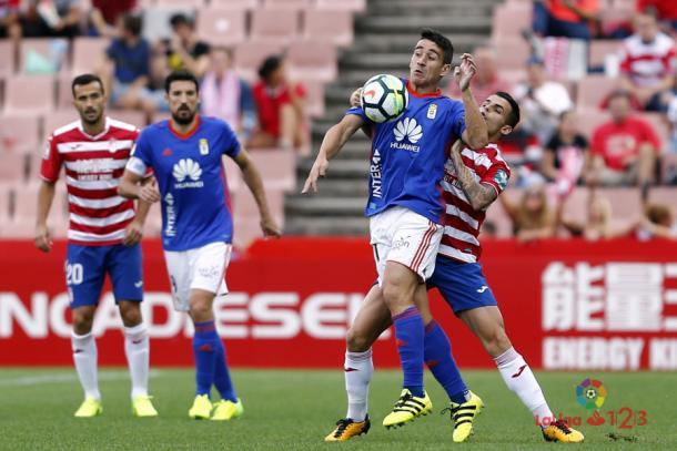 Partido de la pasada temporada en Granada | Imagen: LaLiga 1|2|3