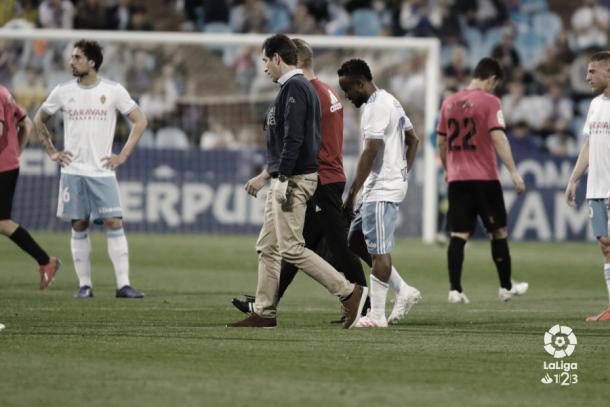 James Igbekeme se retira lesionado frente al Alcorcón | Foto: LaLiga