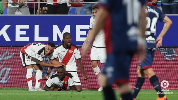 Imbula celebrando un gol con sus compañeros | Fotografía: La Liga