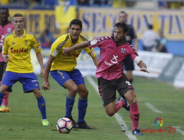 El Tenerife cayó en el Carranza, pero terminó pasando la eliminatoria. | Foto: LFP