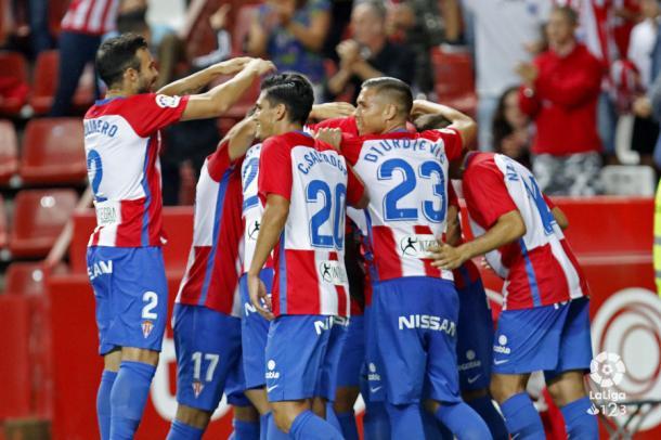 El Sporting celebra el gol anotado al Numancia. Foto: LaLiga 123