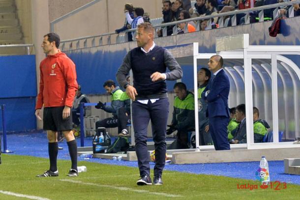 Curro Torres sigue sin solucionar los numerosos problemas del Lorca. | Foto: laliga.es