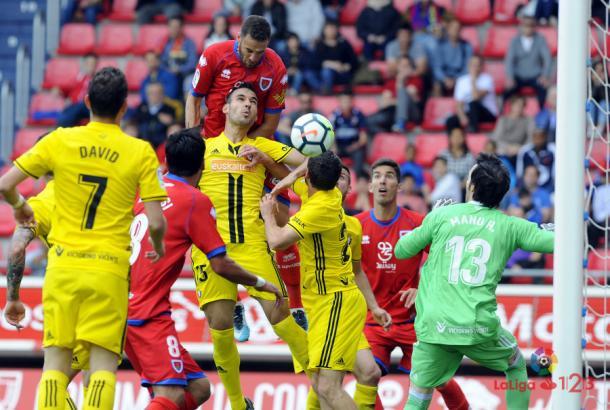 Los jugadore de Osasuna defendiendo frente al Numancia. Foto: La Liga 123