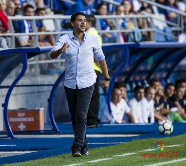 Míchel dando instrucciones durante un partido | Fotografía: La Liga