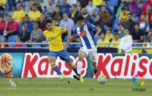 Pedro Bigas y Gerard Moreno en el duelo de la pasada temporada en el Estadio de Gran Canaria