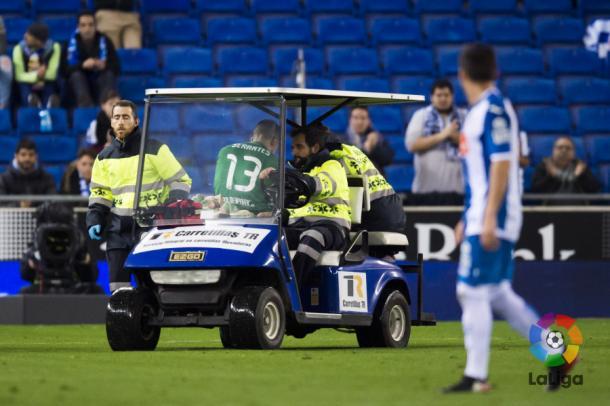 Serantes se marchó del partido por una lesión en la rodilla | Foto: LFP.