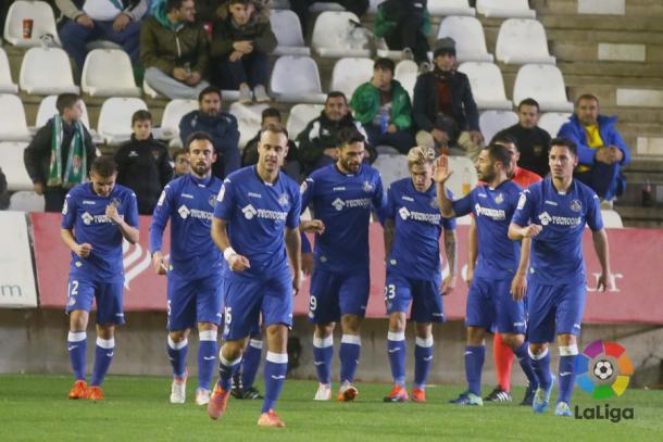 Los jugadores del Getafe celebran el segundo gol de Jorge Molina ante el Córdoba | LaLiga