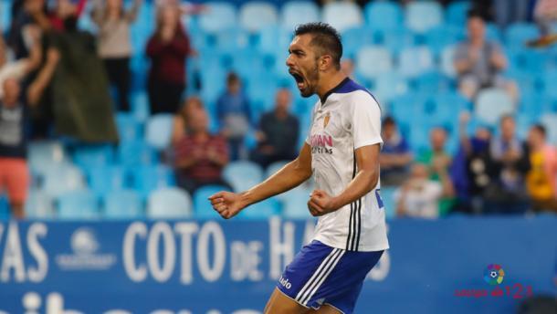 Borja Iglesias fue el autor del empate zaragocista. (Foto: La Liga)