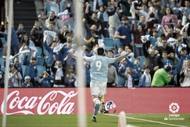 Maxi Gómez celebrando su tanto ante el Villarreal | Fuente: LaLiga