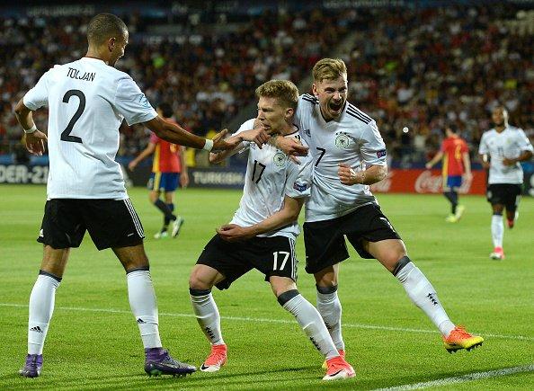 Weiser fez um bonito gol de cabeça que colocou alemães na frente | Foto: Cody Glenn/Uefa