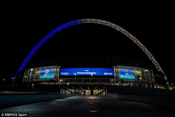 Via Daily Mail. Wembley's arch shows the Blue of Chelsea and the white of Tottenham before the 2015 Capital One Cup Final.