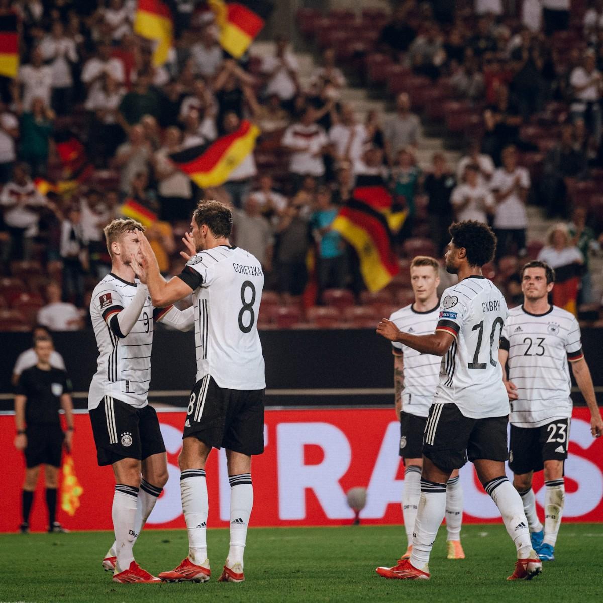 Werner marcó y repartió 1 asistencia. FOTO / @DFB_Team