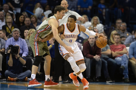 Russell Westbrook makes his move vs. Goran Dragic