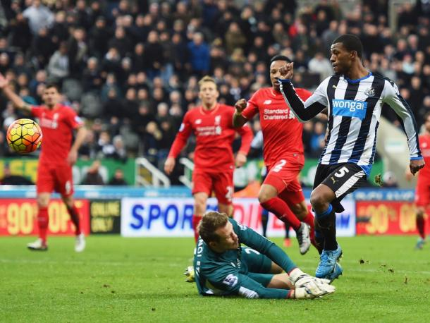 Wijnaldum scoring against Liverpool last season (photo; Getty Images)
