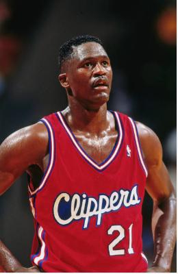 Dominique Wilkins en uno de sus pocos partidos con los Clippers | Foto: Getty Images