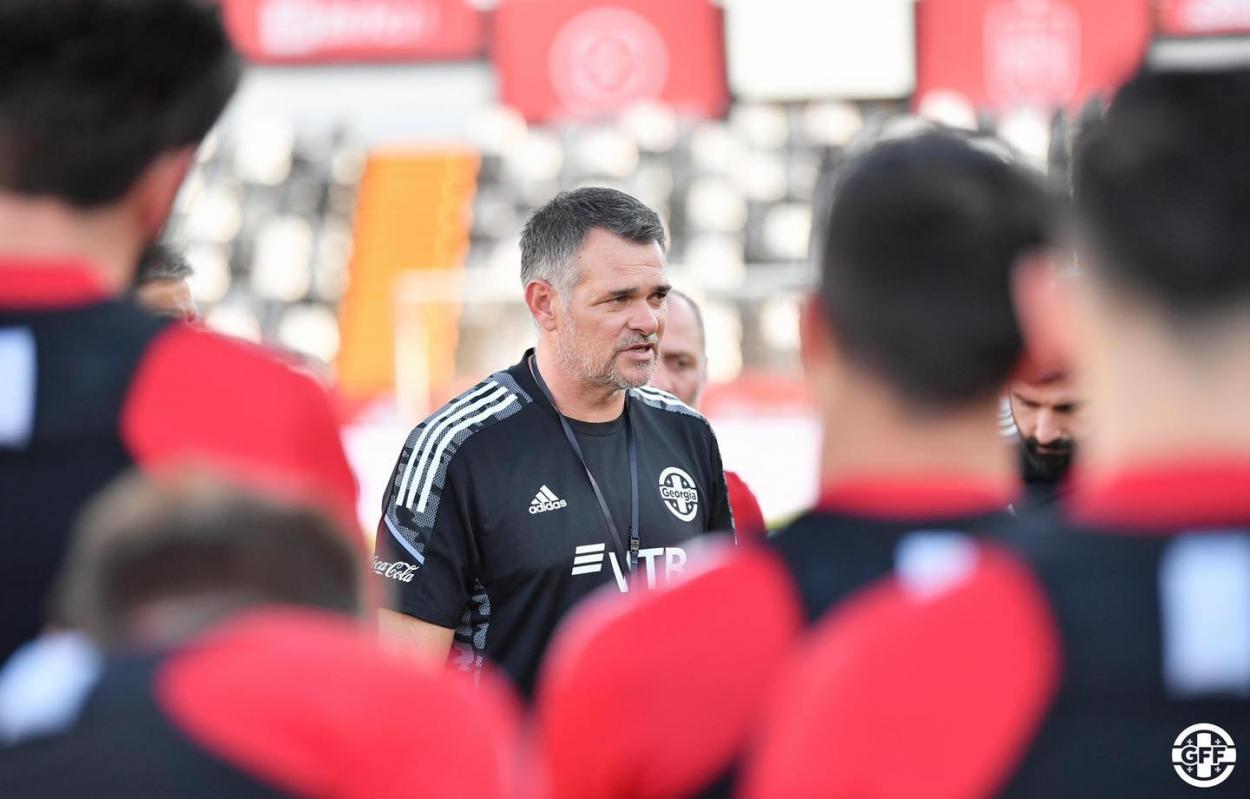 Foto via Federação de Futebol da Geórgia (GFF)