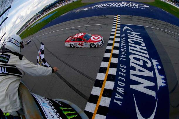 Larson took the checkered flag for the overtime win | Picture Credit: Sean Gardner - Getty Images