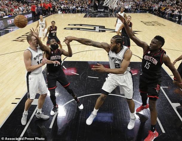 NBA - Massacro a fort Alamo: il sigillo dei Rockets in gara 1