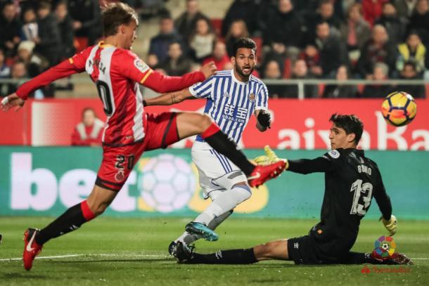 Willian José bate a Bono en el partido ante el Girona | Foto: La Liga