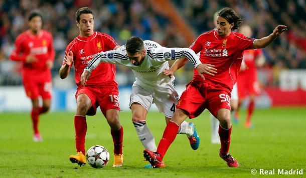 Sergio Ramos en la pugna por un balón con Manquillo y Markovic | Imagen: www.realmadrid.com