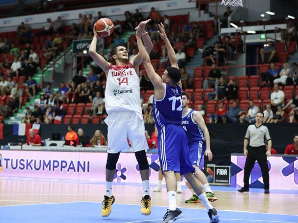 Omer Yurtseven, pericolo numero uno per l'Italia - Source FIBA.com